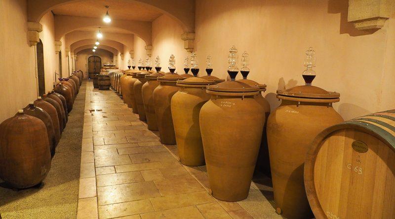 magnien terracotta amphorae