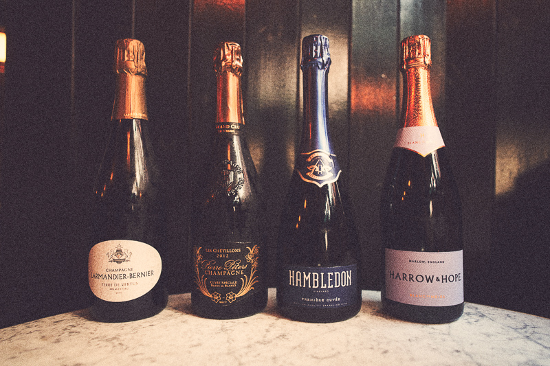 English Sparkling Wine vs Champagne – wineanorak.com